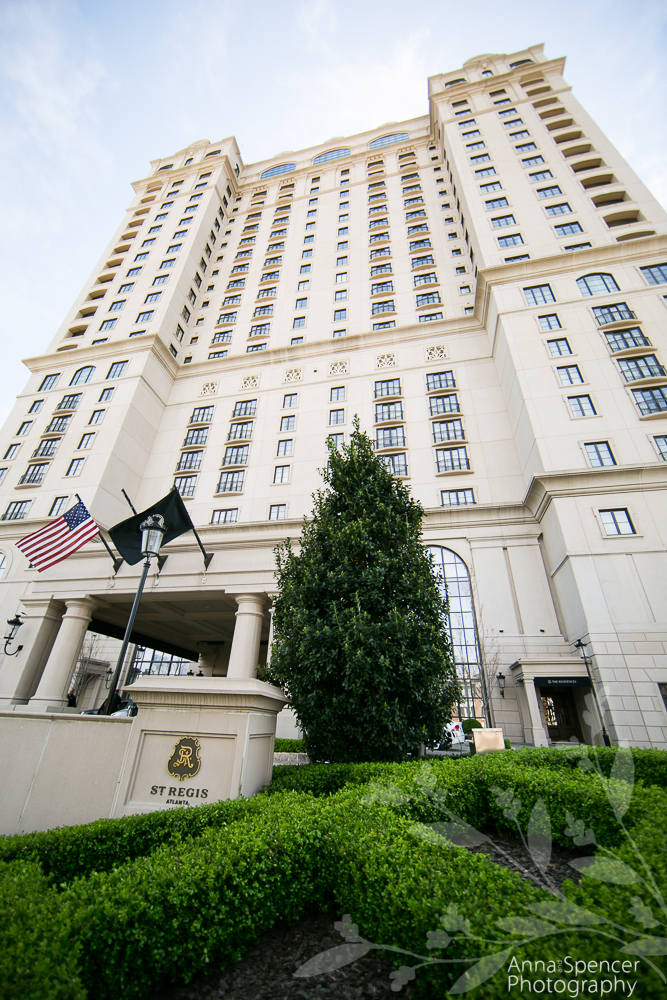 Exterior Photograph of the Atlanta Saint Regis Hotel